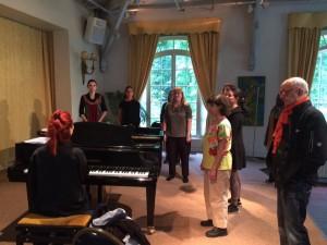 Cours de technique vocale - échauffement en groupe - vocalise -Adeline Toniutti