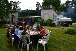 Repas en extérieur - barbecue -masterclass de chant